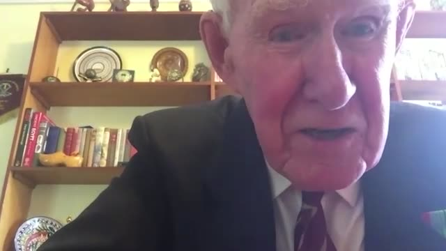 british army bruce mcintosh talks about his experiences serving in india and the far east during world war two. he details his wish for greater... - vj演出点の映像素材/bロール