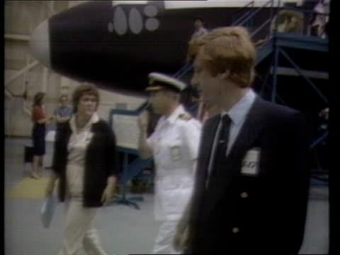 british astronaut nigel wood profile itn lib usa houston johnson space centre ltms nigel wood in naval uniform lr with british astronauts lr past... - itv放送点の映像素材/bロール