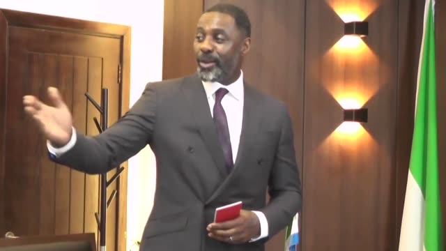 british film actor idris elba receives sierra leone citizenship and a diplomatic passport on his first visit to his father's native country - minority groups stock videos & royalty-free footage