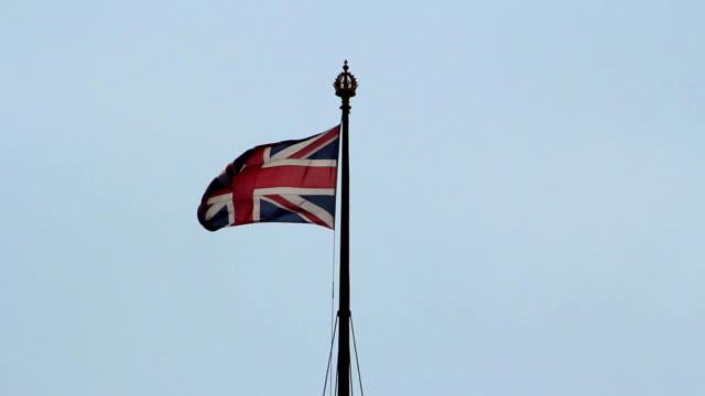 britische flagge  - luftschlacht um england stock-videos und b-roll-filmmaterial