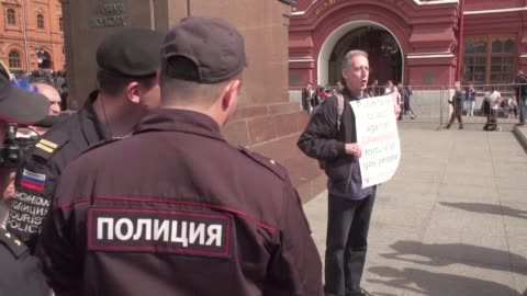 british gay rights activist peter tatchell was arrested on thursday in russia for holding a one man protest against the country's record on lgbt... - moscow russia stock videos & royalty-free footage
