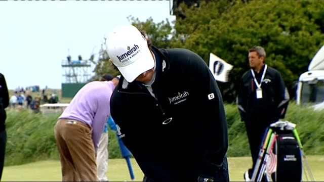 stockvideo's en b-roll-footage met final practice sessions underway various rory mcilroy practising putting - british open