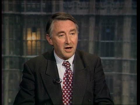 british involvement in gun sales: hutu refugess return; itn england: london int cms sir david steel mp intvwd sot - welcomes the inquiry, but was... - フツ族点の映像素材/bロール