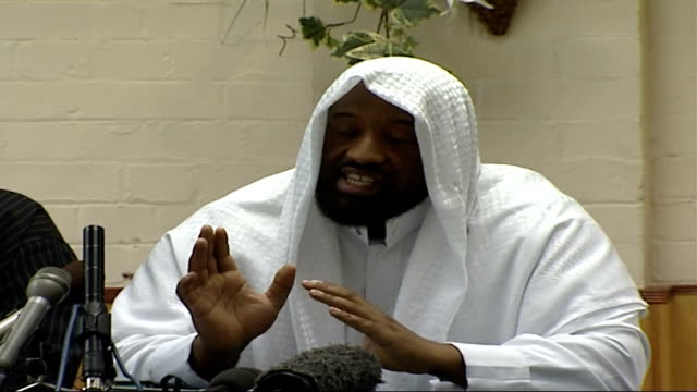 british islamic leaders' press conference on fifth anniversary of 9/11 world trade center attacks abu izzadeen press conference sot on separation of... - jihad stock videos & royalty-free footage