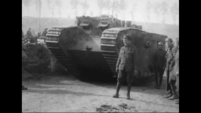 british mark ii tank no 799 - armoured vehicle stock videos & royalty-free footage