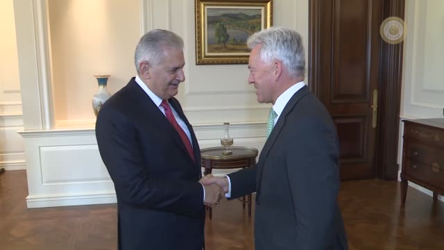 british minister of state for europe and the americas alan duncan is received by turkish prime minister binali yildirim at cankaya palace in ankara... - alan duncan stock-videos und b-roll-filmmaterial