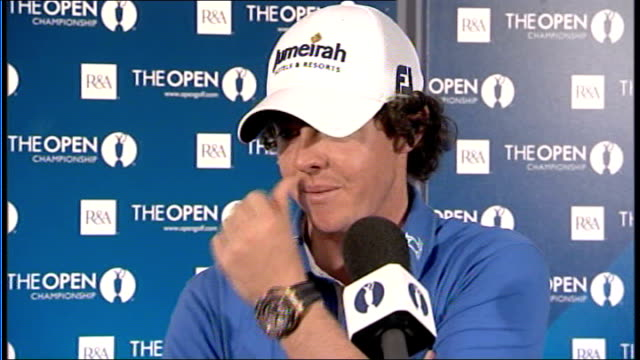 stockvideo's en b-roll-footage met day 1 int rory mcilroy press conference sot on his opening round of 63 - british open