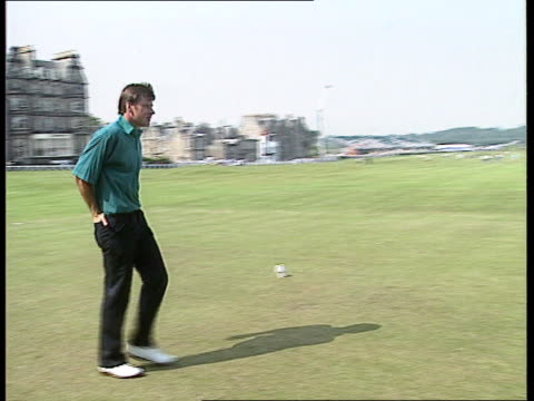 stockvideo's en b-roll-footage met scotland st andrews nick faldo along shakes competitors - british open