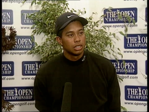 players arrive at st andrews ben david cowan itn scotland st andrews golfer tiger woods towards surrounded by autograph hunters track back int tiger... - tiger woods stock videos & royalty-free footage
