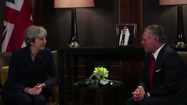 British Prime Minster Theresa May on Thursday met with Jordan's King Abdullah II in Amman as part of her visit to the region