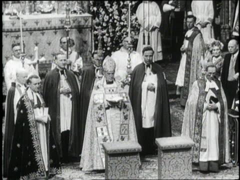 stockvideo's en b-roll-footage met british princess margaret marries antony armstrong jones at westminster abbey - prinses margaret windsor gravin van snowdon