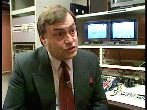 stockvideo's en b-roll-footage met british rail redundancies itn cms john prescott mp intvwd sof railways have lost a lot of finances since 1983 and services have been forced to reduce... - shell merknaam