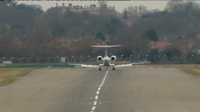 british resident binyam mohamed returns to uk after release from guantanamo bay england greater london raf northolt ext plane carrying binyam mohamed... - releasing stock videos & royalty-free footage