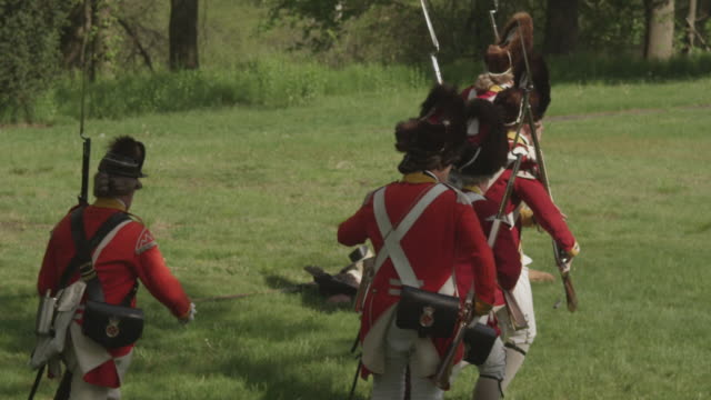 british revolutionary war soldiers running with bayonets - revolution stock videos & royalty-free footage