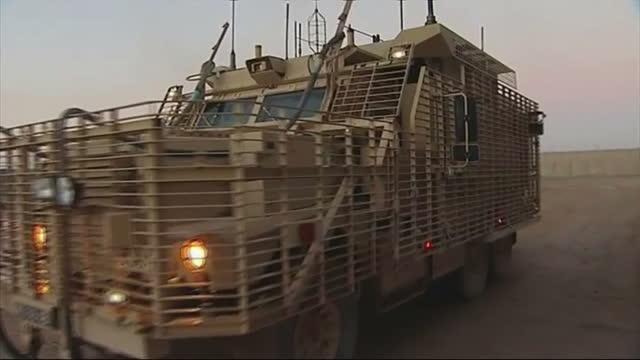 3 british soldiers killed in roadside attack on may 01 2013 in kandahar afghanistan - カンダハール市点の映像素材/bロール