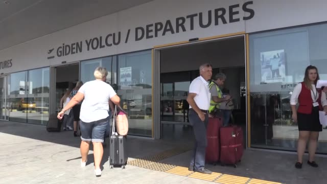 british tourists are leaving tuesday from turkey's southwestern mugla province following the collapse of uk tour operator thomas cook nearly 1000... - commercial aircraft stock videos & royalty-free footage