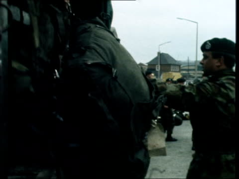 british troops pulled out of ulster ***also belfast ext troops are green jackets and wear camouflage suits and berets cms hatfield sof one of the... - cap stock videos & royalty-free footage