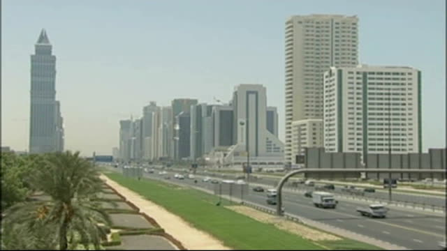 Britons accused of having sex on beach in Dubai have jail sentences suspended T16100822 UNITED ARAB EMIRATES Dubai EXT Wide shot of traffic along on...