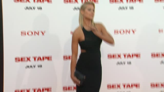 vidéos et rushes de brittany daniel at the sex tape los angeles premiere at regency village theatre on july 10 2014 in westwood california - westwood village