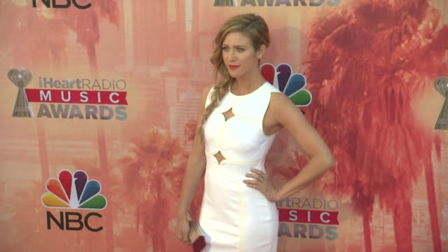 vídeos de stock, filmes e b-roll de brittany snow at the 2015 iheartradio music awards red carpet arrivals at the shrine auditorium on march 29 2015 in los angeles california - shrine auditorium