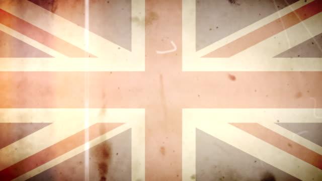 brittish bandiera grunge vintage vecchio film anello con audio - bandiera inglese video stock e b–roll