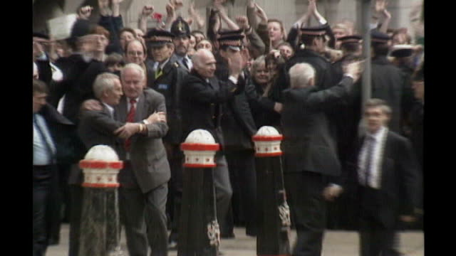 broadcaster sir ludovic kennedy dies aged 89; tx 14.3.1991 old bailey: ext release of birmingham six - ludovic kennedy stock videos & royalty-free footage