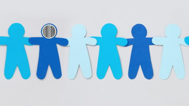 ausstrahlung blue boy - männliche figur stock-videos und b-roll-filmmaterial