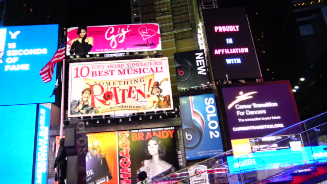 broadway, billboard advertisements, times square - broadway stock videos & royalty-free footage
