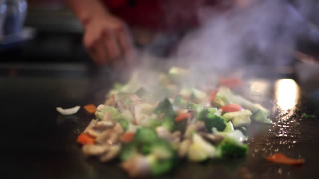 Broiling Cooking Mushroom and Pepper