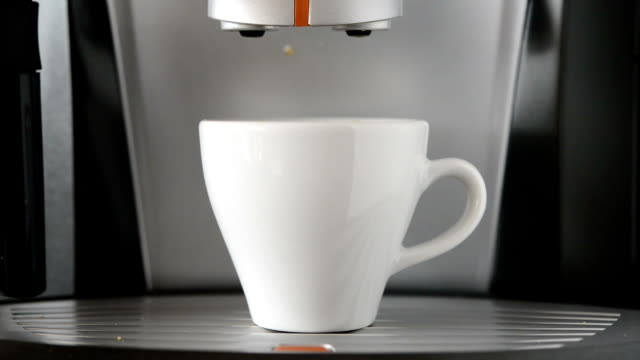 SERIE: Broken espresso-Kaffeemaschine