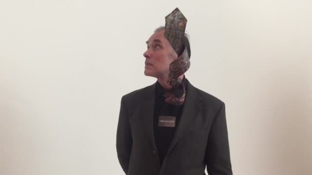 broll footage of people attending the recently opened frank stella retrospective exhibit at the new whitney museum - 美術館点の映像素材/bロール