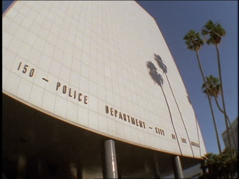 roll footage of the exterior of los angeles police station. - los angeles police department stock videos & royalty-free footage