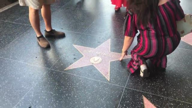 Broll of Burt Reynold's Star on the Walk of Fame