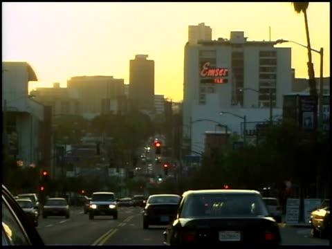 vídeos de stock, filmes e b-roll de broll of traffic in los angeles - 2003