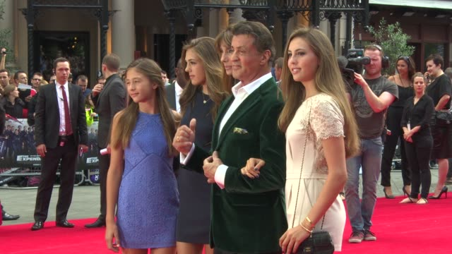 vídeos de stock, filmes e b-roll de roll - sylvester stallone at odeon leicester square on august 04, 2014 in london, england. - sylvester stallone