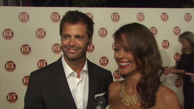 brooke burke david charvet on what she is wearing how she gets ready for a night like this their thoughts on jimmy fallon as host and their favorite... - brooke burke stock videos and b-roll footage