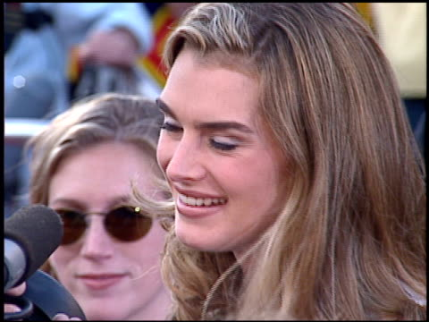 brooke shields at the 'mission impossible' premiere on may 20, 1996. - ブルック シールズ点の映像素材/bロール