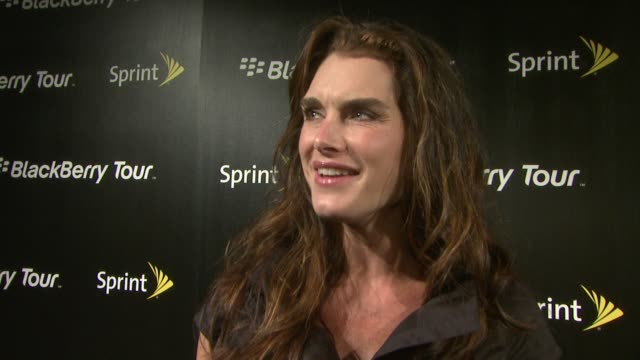 Brooke Shields on finally getting hip to the new technology She talks about her addiction to her blackberry how she's on it all day for something On...