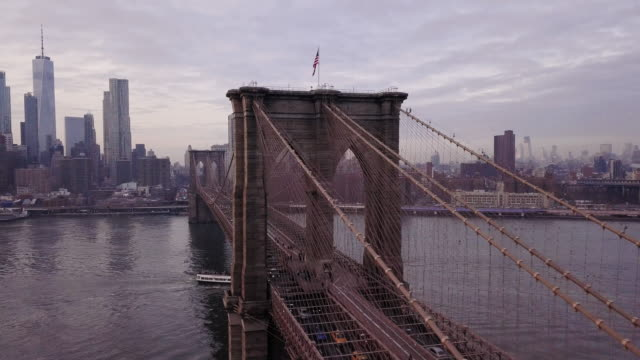 brooklyn bridge aerial shot - brooklyn bridge stock videos & royalty-free footage