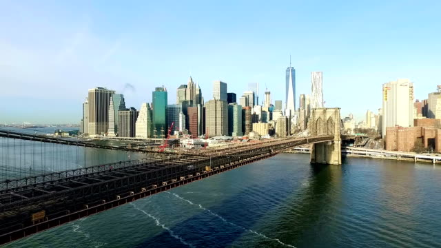 brooklyn bridge and manhattan skyline - brooklyn bridge stock videos & royalty-free footage