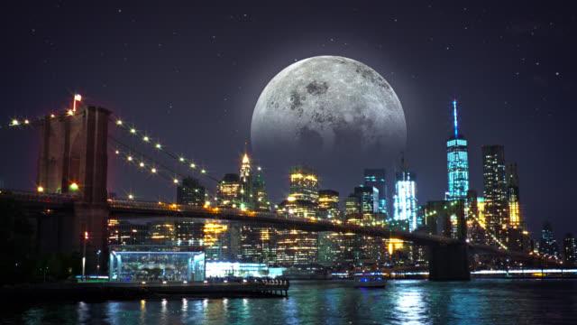 Brooklyn bridge, Freedom tower and the moon