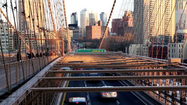HD VDO: Brooklyn-Brücke in New York.