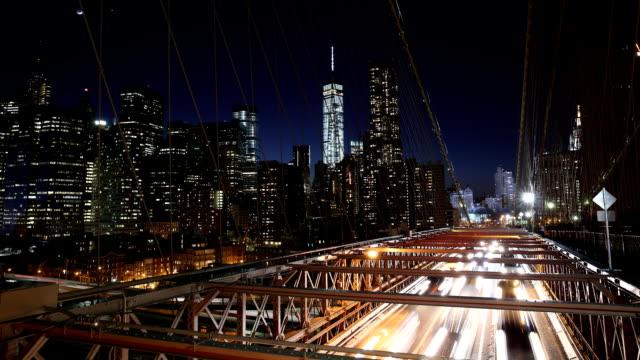 Brooklyn-Brücke in der Nacht Zeitraffer