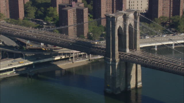 brooklyn bridge - suspension bridge stock videos & royalty-free footage