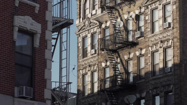 brooklyn building exterior at end of day - brick stock videos & royalty-free footage
