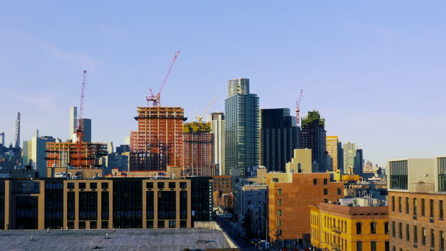 brooklyn cityscape - construction cranes - roof stock videos & royalty-free footage