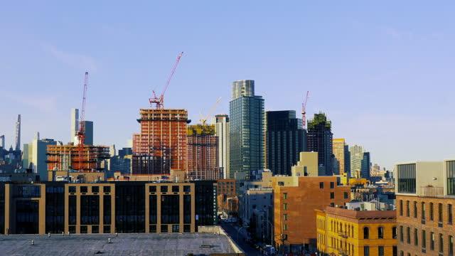 brooklyn cityscape - construction cranes - brooklyn new york stock videos & royalty-free footage