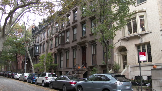 brooklyn heights townhouses / brownstones - townhouse stock videos & royalty-free footage