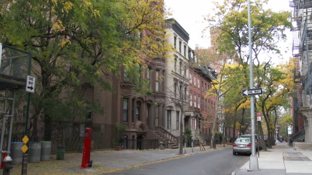 brooklyn heights townhouses / brownstones - row house stock videos & royalty-free footage