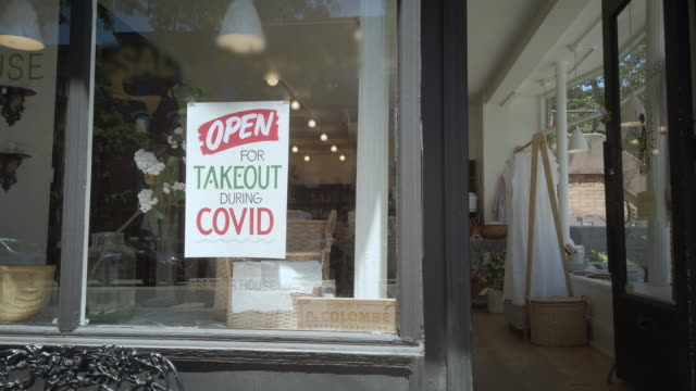 "brooklyn nyc signage of business closed during coronavirus (""covid-19"") - fast food stock videos & royalty-free footage"